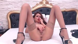Annaalexis Hurts Her Pussy And She Just Loves It