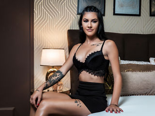 Hi, I am VivianneClark and I am 22 years and online right now on webcamsfan.com - What I like most?...That's a tricky question. I like being treated like a lady. I like searching into the deepest corner of a mans brain and fulfill his darkest fantasies.