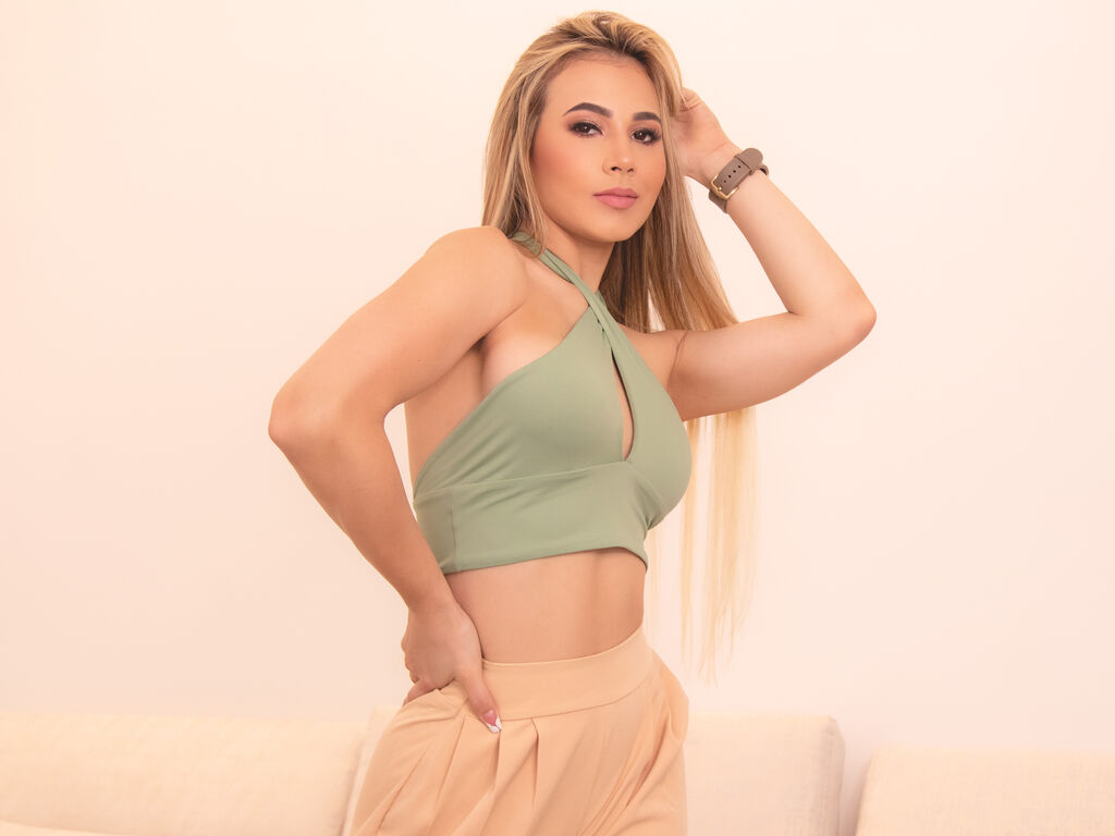 PaulinaVelez live sex chat
