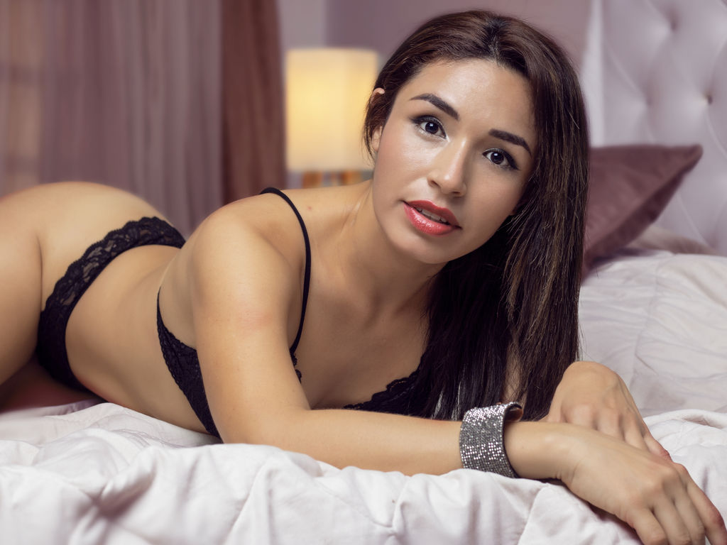 kendralaurent live private
