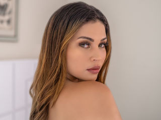 Hi, I am DitaJones and I am 23 years and online right now on webcamsfan.com - A guy who takes his time always make me horny! There's nothing more exciting than a good and dirty conversation to start. I like to know about who is with me. Then all your desires could be true.