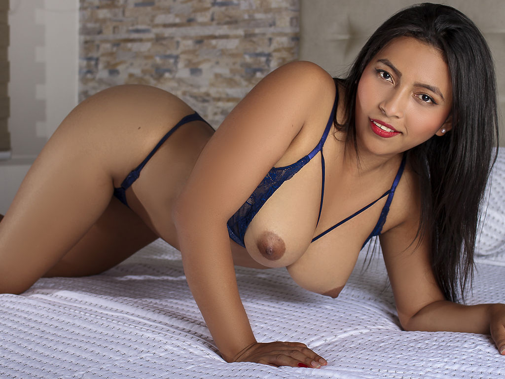 AdelineReign live sex photo