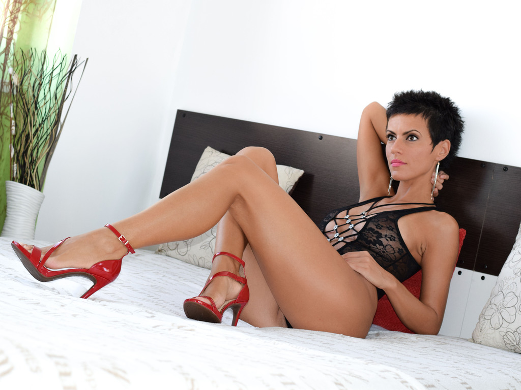 simonnejade live sex woman