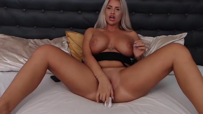 Candeelords Sex Cam