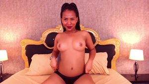 Horny Ebony Shows Everything