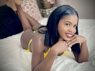Webcam model LisandraDavis from Web Night Cam