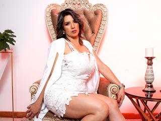 Sexy profile pic of SophiaSimon
