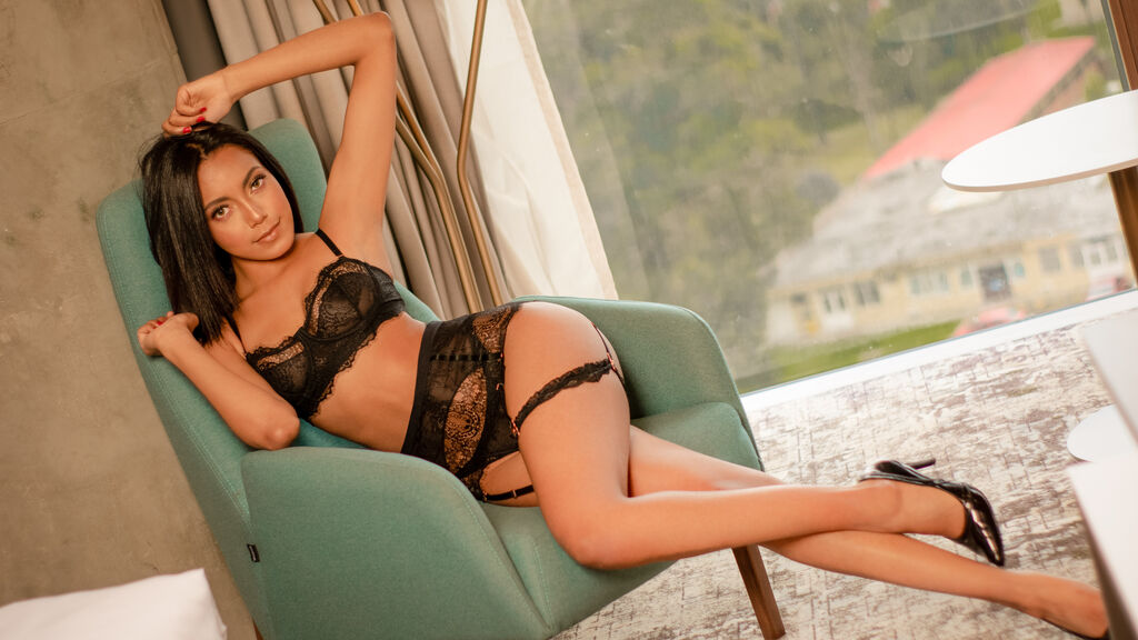 Watch the sexy LorenaRoman from LiveJasmin at GirlsOfJasmin