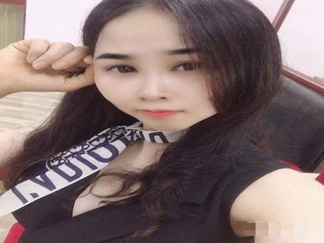 Chat with RosaellaHoang