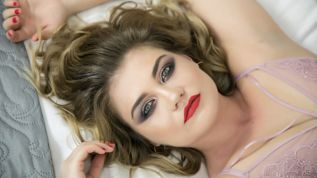 KarieEvans webcam performer profile at GirlsOfJasmin - Complete list of cam models
