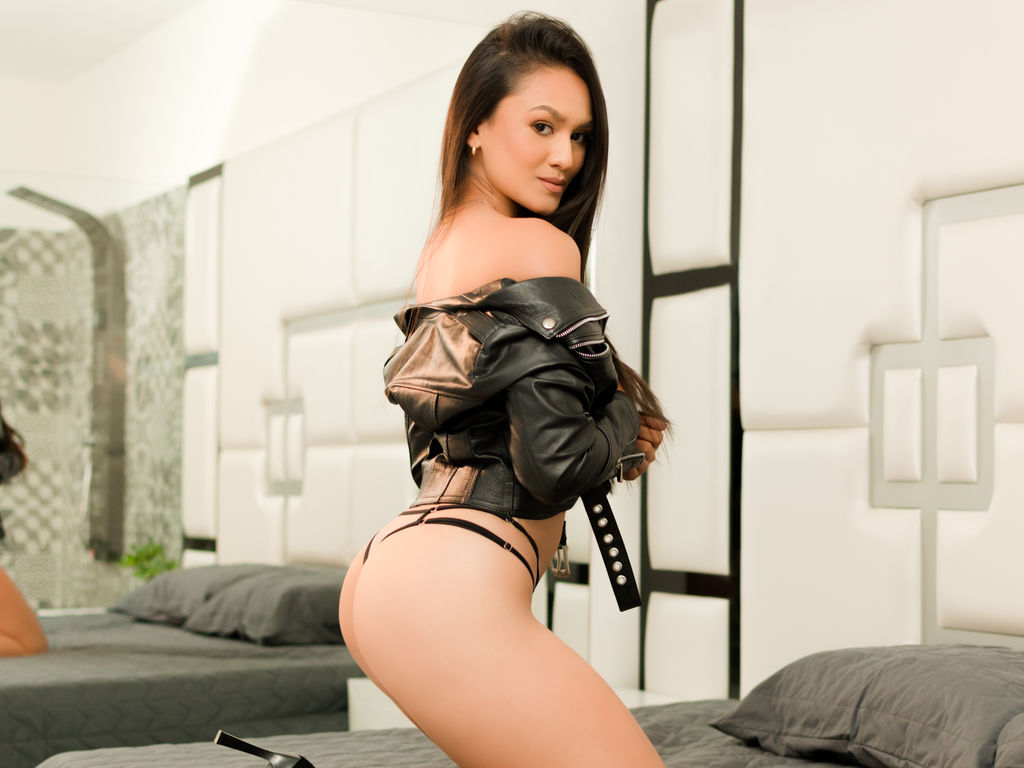 Webcam model AlexaNovoa from Web Night Cam (LiveJasmin)