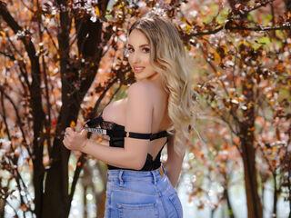 Sexy profile pic of EmilyJenner