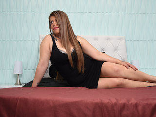 Webcam model HaelyDante from Web Night Cam