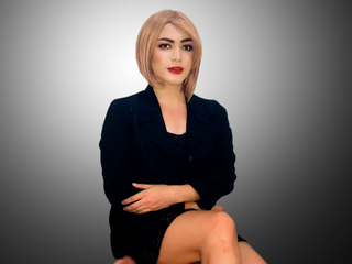 image of tranny cam model ChristineWhite