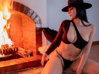Webcam model angelilsummers from Web Night Cam