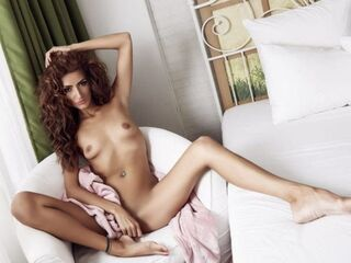SuzanaSuki cam model profile picture