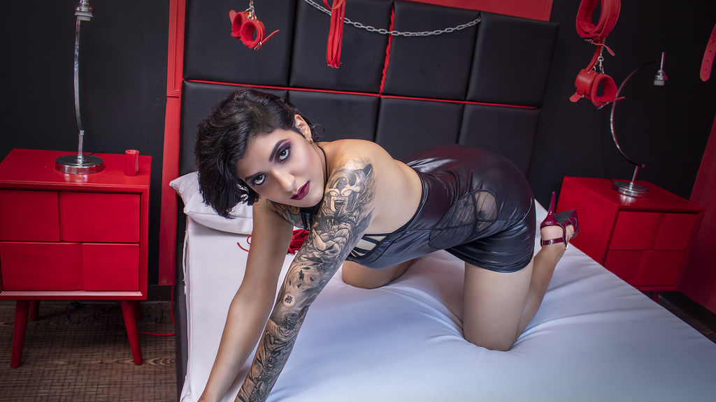 ShannonAvella LiveJasmin Webcam Model