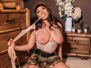 KathyaDiaz - hot and sexy Hungarian mail-order bride