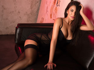 At LiveJasmin People Call Me ArabellaDevis And I Have Brown Hair, I'm A Live Cam Lovely Bimbo