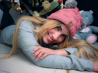 Webcam model KattySophie from Web Night Cam