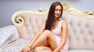 SilviyaBangs webcam show
